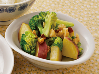 生活提案、レシピ、献立、さつま芋とブロッコリーのくるみサラダ、1439