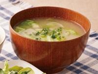 生活提案、レシピ、献立、春キャベツと玉ねぎの味噌汁、1508