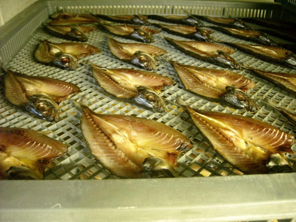 鮮度のいい魚は脂のりも◎! 絶妙な塩加減も「手仕事だからこそ」かもせる味わいです。